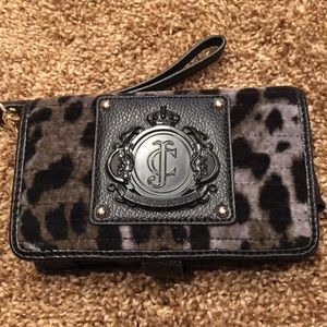 Juicy Couture wristlet/phone case
